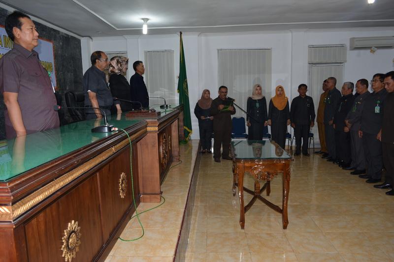 Penandatanganan Pakta Integritas Hakim dan Pegawai Pengadilan Tinggi Tanjungkarang
